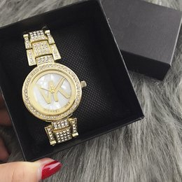 Wholesale Dresses New Fashion Ladies - New AAA fashion casual ladies quartz watch luxury lady business table high-quality alphabet full stainless steel dress watch. Woman gift