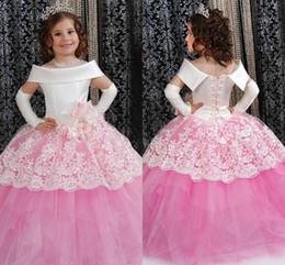 vestido branco rosa flores criança Desconto New Princess Branco e Rosa Flower Girls 'Dresses Off Ombro Lace Apliques vestido de baile criança vestidos de festa para o casamento