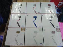 хорошие наушники с качеством звука Скидка UR проводные наушники 3,5 мм в наушниках уха отличные наушники с розничным пакетом 9 цветов 770051