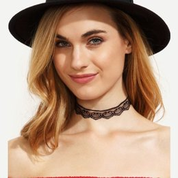 Wholesale Halloween Face Tattoos - 2cm*30+7cm Lace Necklace Punk Styles Retro Black White Velvet Tattoo Stretch Collar Necklace Peach Smile Face Pattern