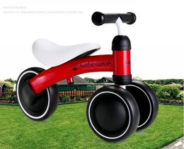 2019 педальные скутеры OBrand Children  Bikes Scooter Baby Walker Infant 1-3years Scooter No Foot Pedal Driving Bike Gift for Infant Four Wheels дешево педальные скутеры