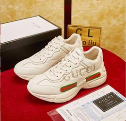 Nova Marca Sapatos Com Letras Impresso de Luxo Sapatos De Grife Para Os Homens Dedo Do Pé Fechado Das Mulheres de Alta Qualidade Sapatos Casuais elástico banda de