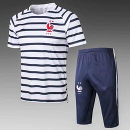 Трикотажные изделия футбола онлайн-2star французский короткий спортивный костюм футбол Джерси 18 19 тренировочный костюм футбол носить короткие slevees 3/4 брюки GRIEZMANN POGBA MBAPPE футбол рубашка uni
