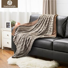 Wholesale Fuzzy Fleece - Naturelife Super Soft Faux Fur Blanket Warm PV Fleece Blankets Reversible with Sherpa Shaggy Fuzzy Fur Carved Rabbit Blanket