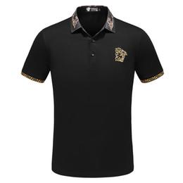 Pantalones cortos de negocios para hombres online-Camiseta de Medusa, camiseta casual de hombre de negocios europeo, camiseta elástica de hombre, camiseta de alta gama, estampado de manga corta para hombre diseñador de Italia.