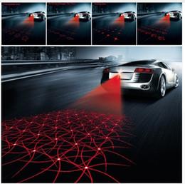 Anti-colisão on-line-Anti Colisão Traseira-final Cauda Do Laser Do Carro 12 v led Luz de Nevoeiro Auto Brake Lâmpada de Estacionamento Auto Levantar Carro Luz de Advertência Para Carro levou