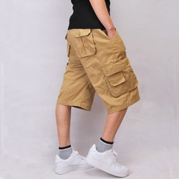a25bc6f70e52d 2018 Xu.ing Summer Calf-Length Cargo shorts para hombres Multi-pocket Solid  Men Beach Shorts Capris