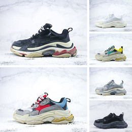 Wholesale Men S Soccer Shoes - Free shipping Triple S Men and Women Retro Running Shoes Mens Shoes High Quality of Fashion Boots Sports Sneakers Woman's Sport Boost
