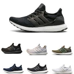 Stivali leggeri per gli uomini online-Lightweight Ultra 3.0 4.0 Running Shoes Uomo Donna Ultra Boots 3.0 Primeknit Runs White Black Sports Sneaker 36-45