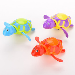 Wholesale Small Wind Up Toys - Wholesale-1Pcs New born babies swim turtle wound-up chain small animal Baby Children bath toy classic toys Random Color send
