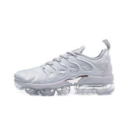 Zapatos al por mayor de los deportes de los instructores online-Nike air max vapormax TN Plus airmax Sneakers Venta caliente Colores Venta al por mayor de alta calidad Venta caliente TN Hombre corriendo Calzado deportivo Zapatillas de deporte talla 7-