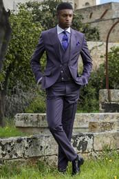 Ufficio di pantaloni viola online-Modern Light Purple Mens Morning Coat con risvolto a risvolto a tre pezzi (Blazer + Pant + Vest) Abiti Bridegroom Abbigliamento Set Party Fashion Office Tuxedo