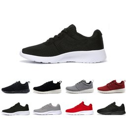 2019 leichte laufschuhe 2018 Classic Running Shoes 3.0 schwarz weiss Herren Damen Schwarz Niedrige Stiefel Leicht Atmungsaktive London Olympic Sports Sneakers Größe 36-45 rabatt leichte laufschuhe