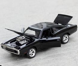 2019 bus jouet vert Dodge War Cheval Muscle Car Modèle 1:32 Hot RC Car4 modèles Jouets En Alliage Simulation Alliage De Voiture Mini Enfants Jouets Famille Éducation Jouets