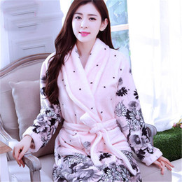 Robe sexy The new flannel nightgown bathrobe couple pajamas home service  robes men and women of coral velvet robe bathrobe 01daa13b0