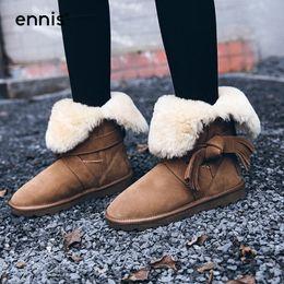 2019 botas planas de piel de invierno ENNIS 2017 Botas de Nieve Femeninas Zapatos de Invierno de Las Mujeres Botines de Cuero de Gamuza Plataforma Plana Cálido Felpa Clásico Real Fur Boots W752 botas planas de piel de invierno baratos