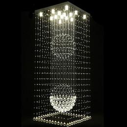 candelabros en forma de bola Rebajas Candelabros de cristal cuadrados modernos Gota de lluvia Escalera de techo a ras Escaleras colgantes Accesorios Hotel Villa Forma bola de cristal Lámpara