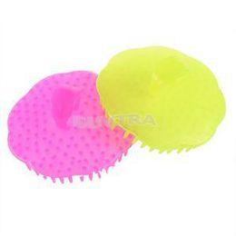 1PCS New 8.5cm x 3cm Comfortable Soft Shower Comb Massager Comb Body Washing Shampoo Hair supplier x massager от Поставщики x массажер