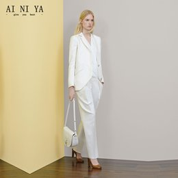 2019 weiße knöpfe einheitlich Neue Weiße Frauen Anzüge Zwei Knöpfe Büro Uniform Designs Damen Hosenanzug Dünne Formale 2 Stück Weibliche Arbeitskleidung Anzüge rabatt weiße knöpfe einheitlich