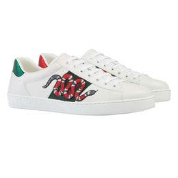 Mens couro tênis on-line-2018 Sapatos de grife Tamanho Grande us5-13 ACE Luxo bordado branco tigre abelha cobra sapatos Sapatilha De Couro Genuíno Dos Homens Das Mulheres Sapatos Casuais