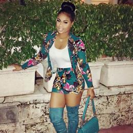 Moda verano mujeres dos piezas trajes Blazers Top con pantalones cortos y dos piezas Sweatsuit talla S-XL desde fabricantes