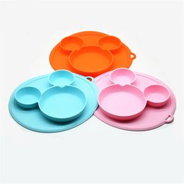 Platos de niños online-Los niños nuevas placas de cena de dibujos animados con lechón y el agujero colgante Los platos de silicona bebé alimentan vajilla de alta calidad 9 8kj Ww