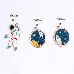 Charmes de l'espace en Ligne-30PCS, pendentif charme astronautes émaillés de l'espace extra-atmosphérique, charme de bracelet bracelet, les résultats de bijoux