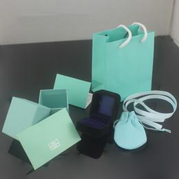 2019 organizador de joyas princesa Marca de moda famosa marca de pulsera paquete de paquete original bolso y velet bolso caja de regalo de la joyería envío gratis