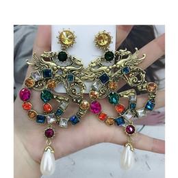 großhandel kunststoff kronleuchter Rabatt Neueste Frauen Luxus Designer Giiu Dangle Ohrring Retro Kristall Erklärung Ohrring Berühmte Europäische Marke Hohe Qualität Schmuck