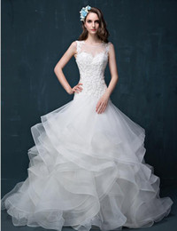 Wholesale tail skirts - A New High Quality Tail Wedding Dresses Sexy Tail Neck Shoulder Halter White Lace Applique Manual Nail Bead Church Wedding Dresses HY117