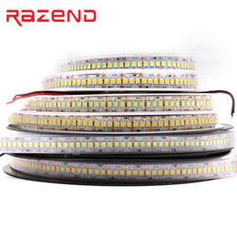 Nouveau 240 LED / m Course de chevaux 5m Simple rangée 2835 LED Bande 12V 1200 SMD Bande Flexible Blanc froid Chaud Blanc RVB Imperméable 10mm Largeur ? partir de fabricateur