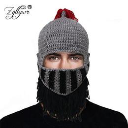 Zgllywr romano cosplay cavaliere casco maschera inverno fatti a mano  divertente cappello donna uomo halloween berretti cappelli regali di natale b23f1bea2210