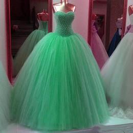 Wholesale Ball Gown Abiti Quinceanera con scollo a cuore Morbido Tulle Increspato Liste massicce Abito da debuttante Lace Up Vestido de Anos