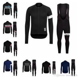2019 jerseys baberos Equipo de Rapha Ciclismo mangas largas (bib) conjuntos de pantalones Primavera y otoño Transpirable Ciclismo Ropa de ciclismo para hombre E1427 rebajas jerseys baberos