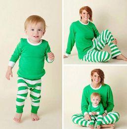 2019 пижамы для взрослых 2017 новогодние детей взрослых семьи  соответствующие рождественские олени полосатые пижамы пижамы пижамы aa5f3588ee66c