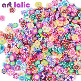 Decorazione della piuma del nastro online-Artlalic 1000pcs / Bag 3D Tiny Cute Nails Accessori di arte Star / Ribbon / Fiore / Frutta / Feather Fimo fette Affettare Decorazioni per unghie