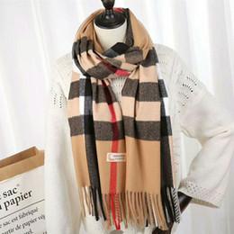 Foulards pour homme en gros en Ligne-2018 écharpes de marque en gros nouveau design écharpes en laine classique 200 * 70 cm motif marque de luxe cachemire hommes et femmes écharpes