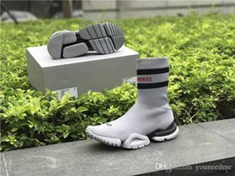 38b22ef98b3ca VETEMENTS SS CREW UNISES Sock Trainer Dropping RUNNING Shoes CN3307  Comfortable Luxury Brand Sports Shoes Popular Footwear