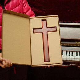 christliche wand Rabatt Festes Holz-Wand-Kreuz-Kruzifix-32cm Wand-Dekor-christliches Geschenk-Wand-hängendes freies Großhandelsverschiffen QW8674