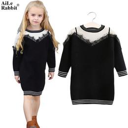 2019 lunghi abiti di cablaggio neri AiLe Rabbit Girls Sweater Dress Lace False Harness Black White Stitching Classic Fashion maniche lunghe di marca Abbigliamento per bambini k1 lunghi abiti di cablaggio neri economici