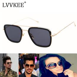 067f4e5a7d4 2017 Classic Square Superstar Gafas de sol de mujer   hombre Diseñador de  la Marca de Lujo Dama Mujer Espejo gafas de sol UV400 Tamaño Pequeño gafas  ...