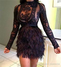 Vestidos de fiesta cortos con plumas baratos