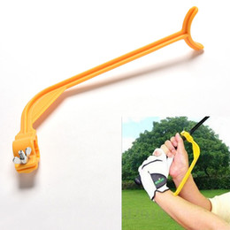Wholesale Golf Swing Guide - 2017 High quality Golf Practice Swing Educational Trainer Guide Gesture Alignment Training Wrist Correct Aid Plane Tool Club
