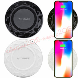2019 pad de chargement sans fil 5v Diamond Fast Qi Charge sans fil 5V 2A 9V 1.67A Bloc de charge rapide pour iPhone 7 8 x Samsung S8 S9 S7 S7 note note 8 téléphone androïde avec boîte promotion pad de chargement sans fil 5v