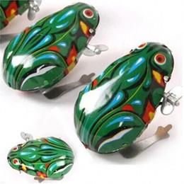 Salti di rana online-Nuovo animale creativo Wind Up Toys Regalo per bambini Interessante salto Metal Frog Clockwork Toy 1 25yr W