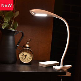 Wholesale Table Lamps Usb Ports - Clip On Desk Lamp Table Lamp with Clamp 3-Level Dimmer Flexible Gooseneck Book Reading Lights for Bed Battery Powered USB Port