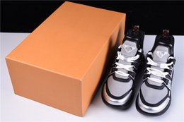 Wholesale Leather Monogram - 2018 Basket Archlight Sneakers Chaussures Argent Silver Black Monogram Lace Up Flat Trainer Sci-Fi Sneakers With Original Box