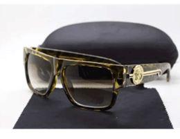 Wholesale fashion designers italy - new fashion UV 400 Original box Protection Italy Brand Designer Gold Chain Tyga Medusa Sunglasses Men Women Sun glasses SS