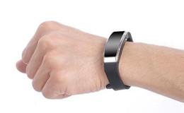 Nuovo braccialetto di registrazione SK-201 8G Registratore digitale Registrazione continua 20 ore Registrazione di alta qualità Spedizione gratuita da mini macchina fotografica nascosta mini flash drive usb fornitori