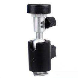 Soporte para zapatos calientes online-Tipo C 360 grados de cámara giratoria Flash Hot Shoe Stand Bracket Umbrella Holder Nuevo